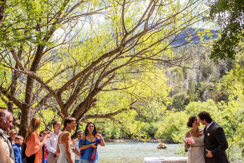 fotos-boda-bariloche_014%22boda-en-bariloche%22%22fotos-de-boda-en-bariloche%22-%22casamiento-en-bariloche%22%22fotos-boda-bs-as%22%22fotografo-de-bodas-en-bariloche%22