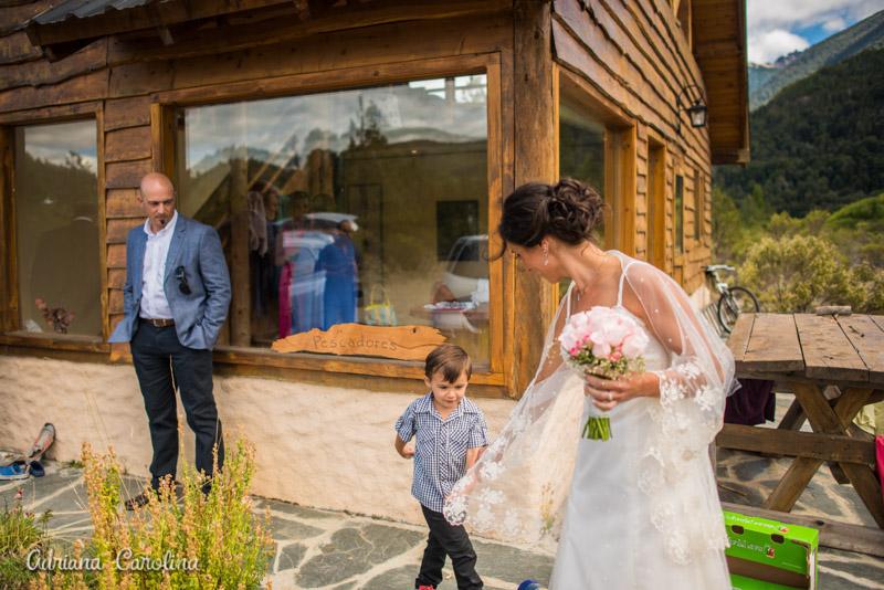 fotos-boda-bariloche_057%22boda-en-bariloche%22%22fotos-de-boda-en-bariloche%22-%22casamiento-en-bariloche%22%22fotos-boda-bs-as%22%22fotografo-de-bodas-en-bariloche%22